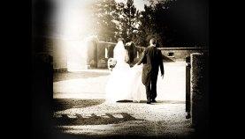 Bryllupsfotograf-Christina-Damgaard-Lene-Bo-Broholm-Udenfor-