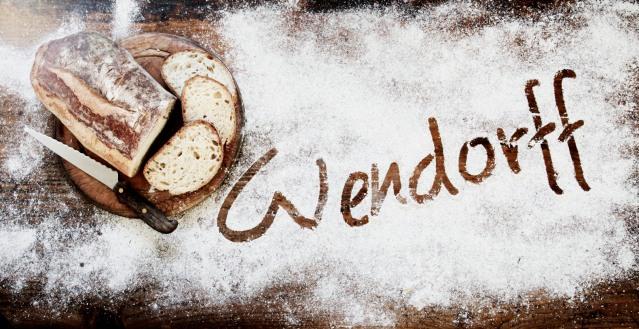 Wendorff_2015_christinadamgaard.com_Logo-i-mel-1